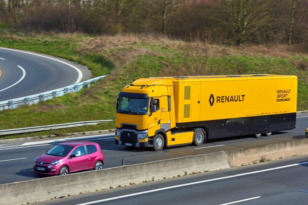 renault_trucks_t520_renault_sport_formula_1_team_5 (Custom)